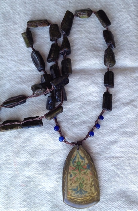 braidedinvictinecklace