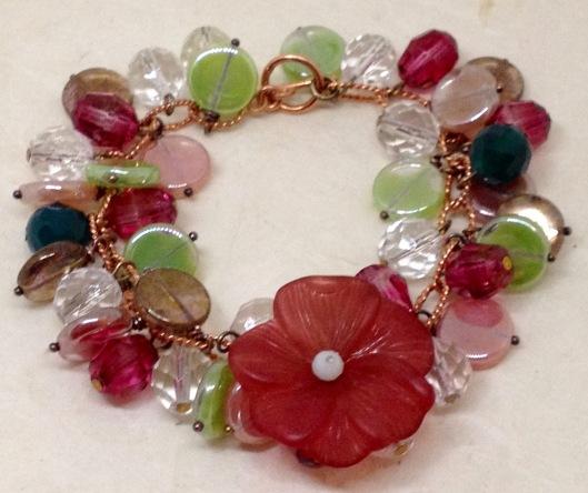 BeadLove Splendid Procession flower bracelet
