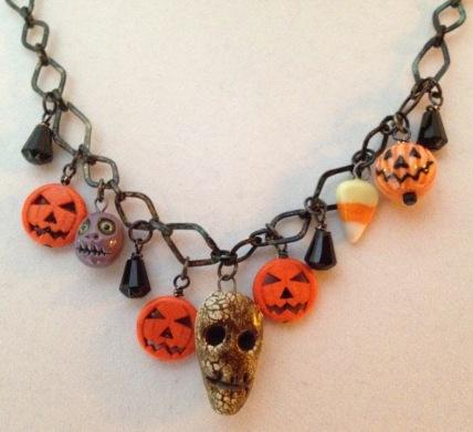 BeadLove Halloween hanging