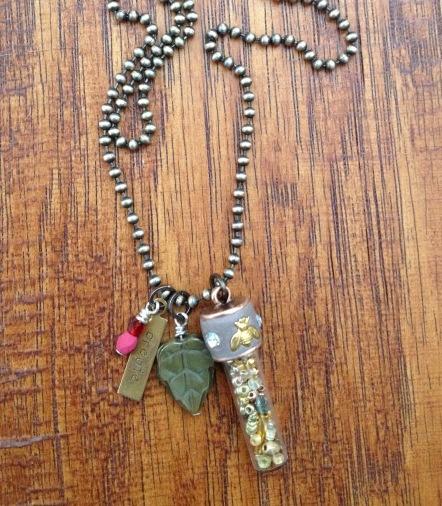 itsy bottle necklace