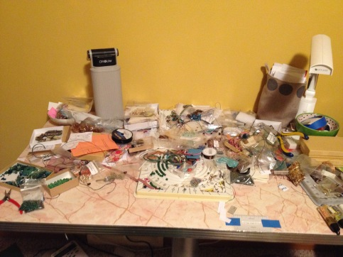 messy bead table 12.7.15