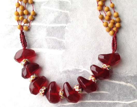 BeadLove red plastic close