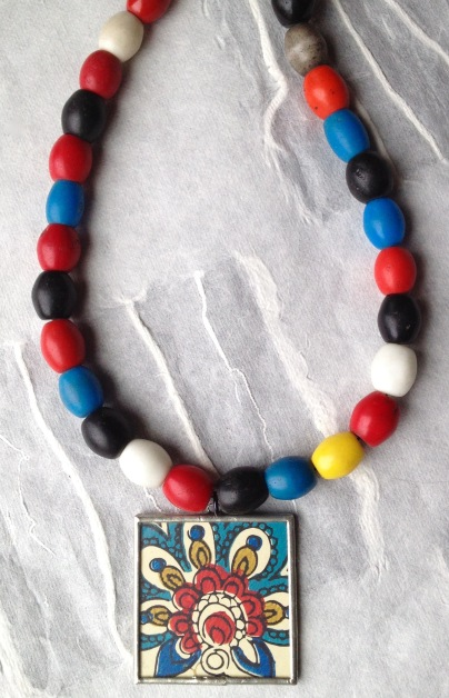 BeadLove African beads with pendant