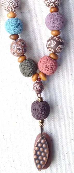 BeadLove - lava beads close