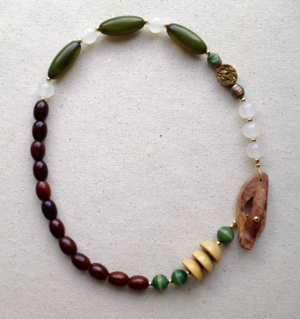 BeadLove winter necklace 1