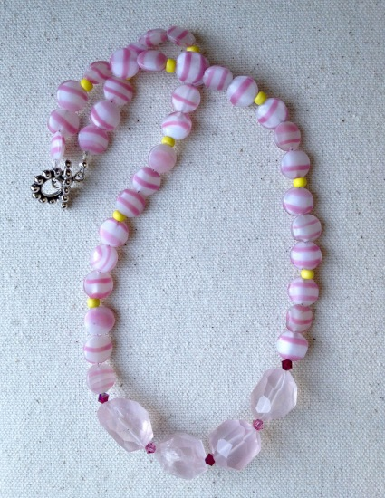 BeadLove - pink candy necklace