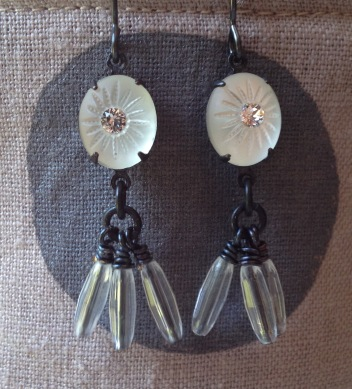BeadLove - Storm cloud dangle earrings