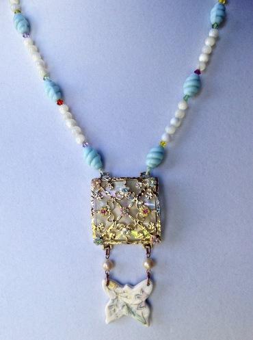 beadlove-pastel-necklace-full-2