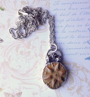 beadlove-pv-necklace-3