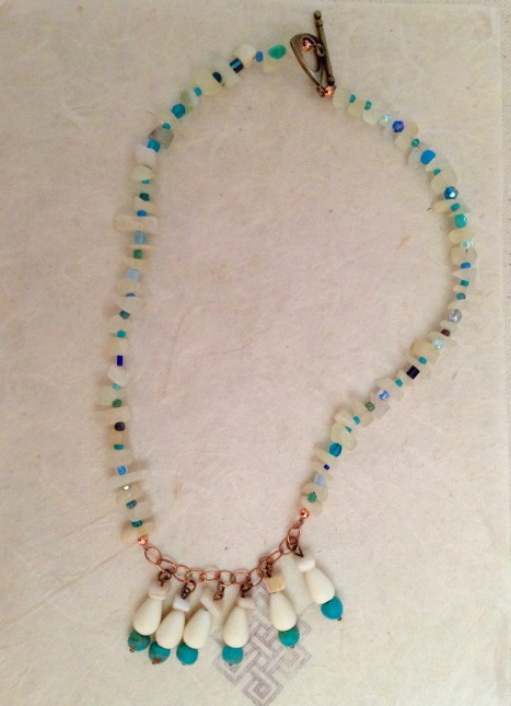 mermaid-lagoon-chips-and-dangles-necklace-1