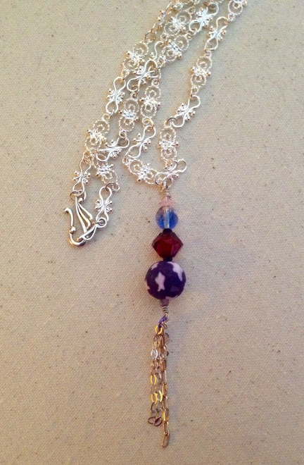 beadlove-magic-potion-necklace