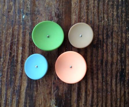 colorful-plastic-shanks