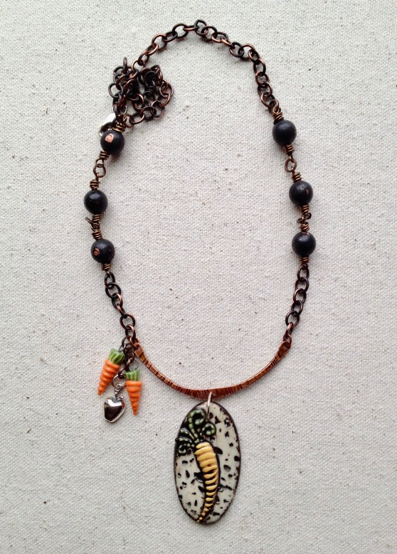 beadlove-carrot-and-apple-necklace