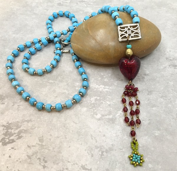 This is a picture of the necklace described in the blog post.